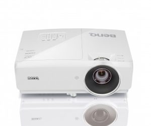 BenQ MH741 Corporate and Education Projector