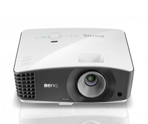 BenQ MW705 Corporate and Education Projector
